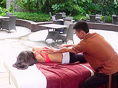 TOTAL BODY STRETCH – Traditional Massage Beautyful Girl